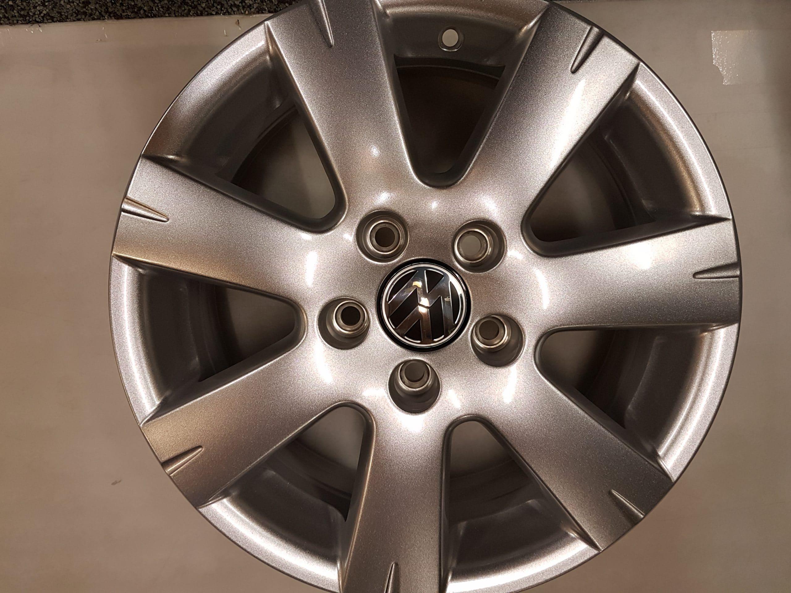 Velgen Origineel Volkswagen Golf 7 16 Inch Vredestein 205 55 16 Winterbanden