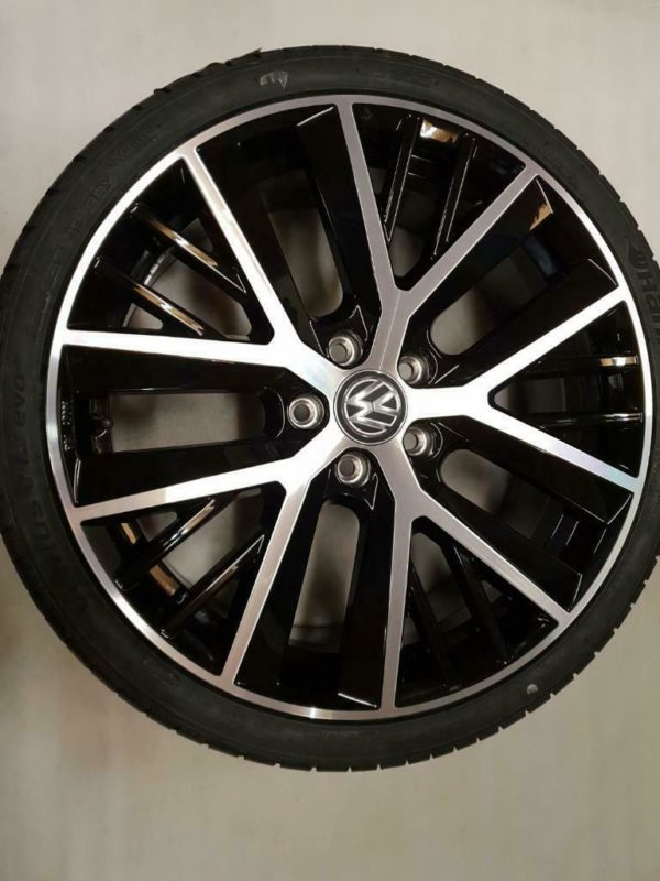 Golf 7 GTI Twin Spoke 19inch 1