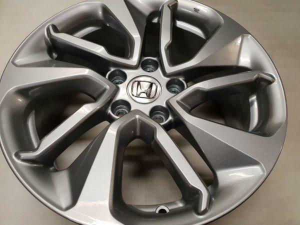 Velgen Honda 17inch maat7.5j17 5x114.3x64,1 ET45 3
