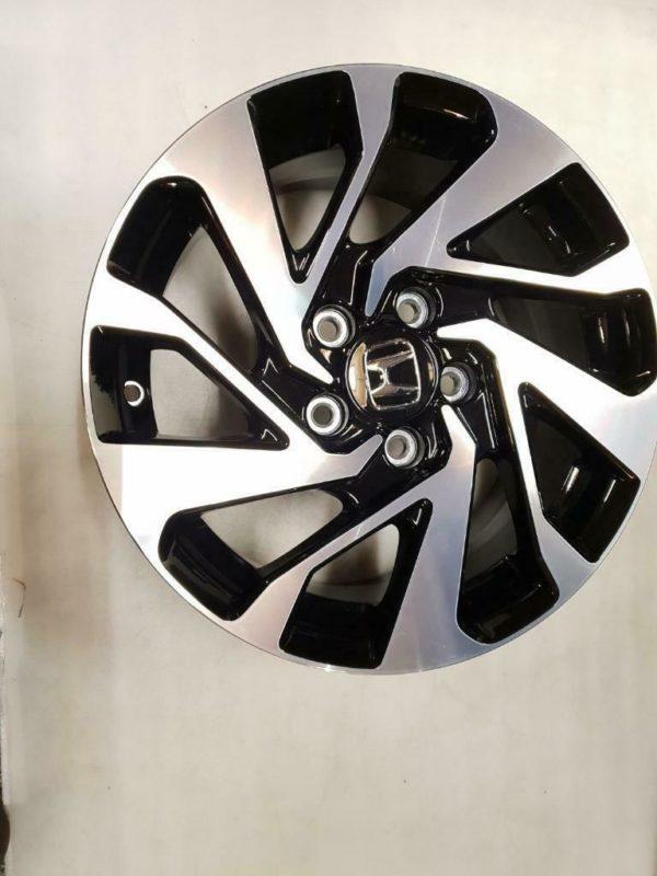 Velgen Honda HR-V 7j16 5x114.3x64.1 ET45 2