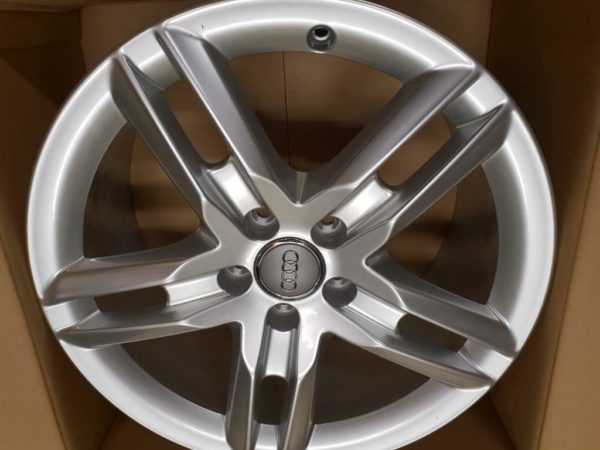 Velgen Audi TT RS 8J 8.0J18 5x112x57.1 ET52