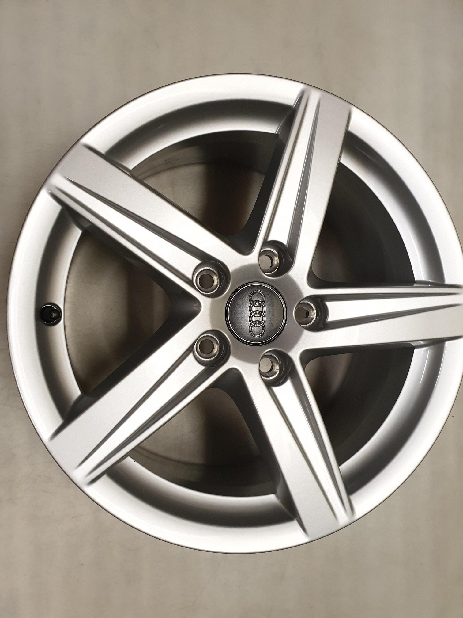 Originele Audi A3 8v Lichtmetalen Velgen 16 Inch