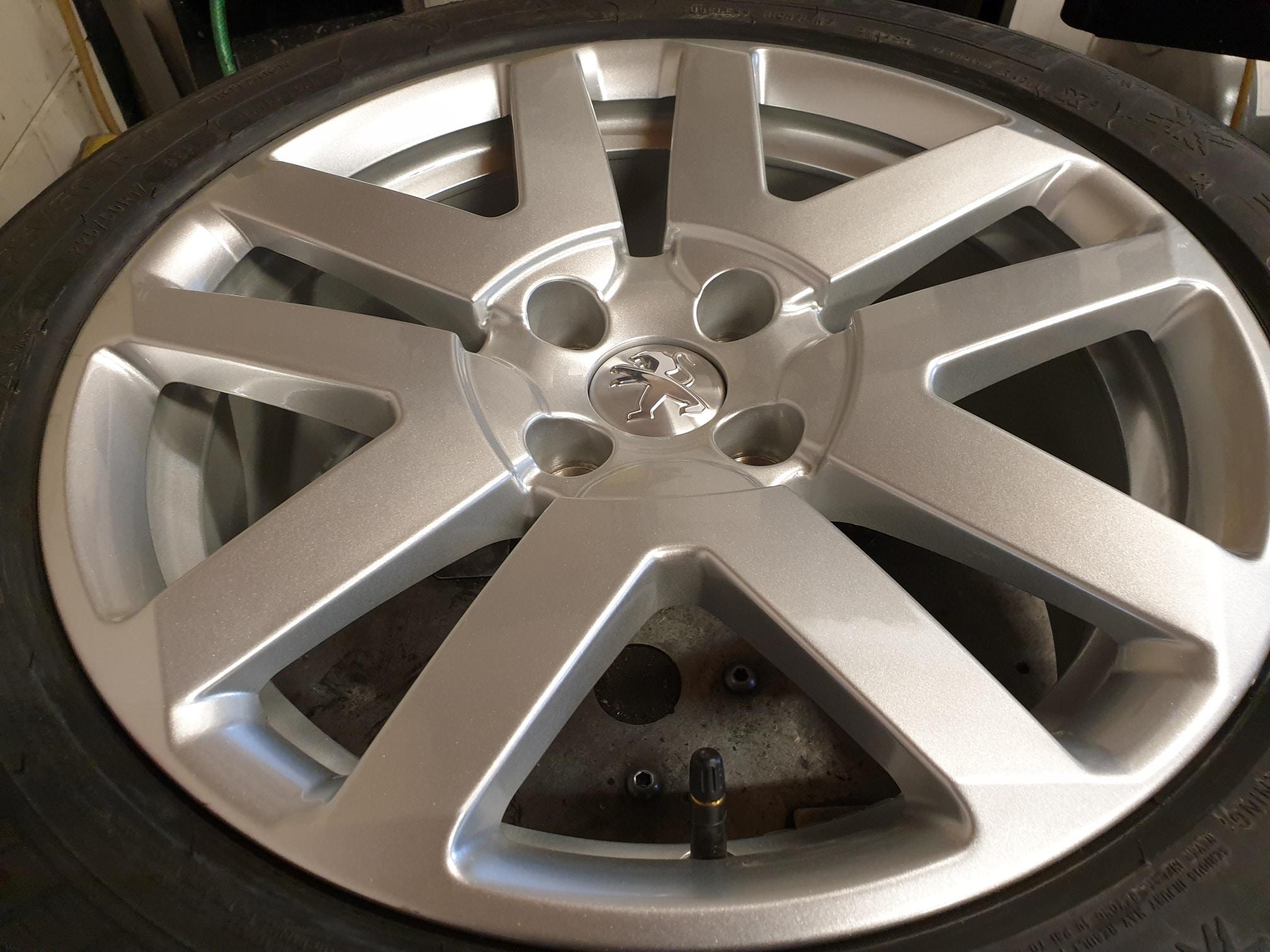 Velgen Origineel Peugeot 3008 Lichtmetaal Michelin 225 50 17 Alpin A5 Winter